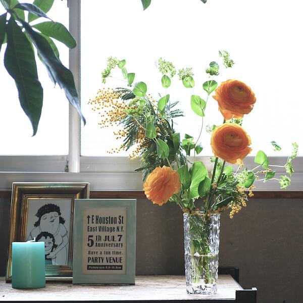 おうち時間が豊かになる♪ 花瓶を使ったお花の飾り方