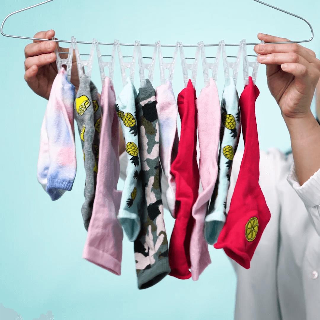 洗濯物の干し方ハック!効率UP「手作りハンガー」の作り方