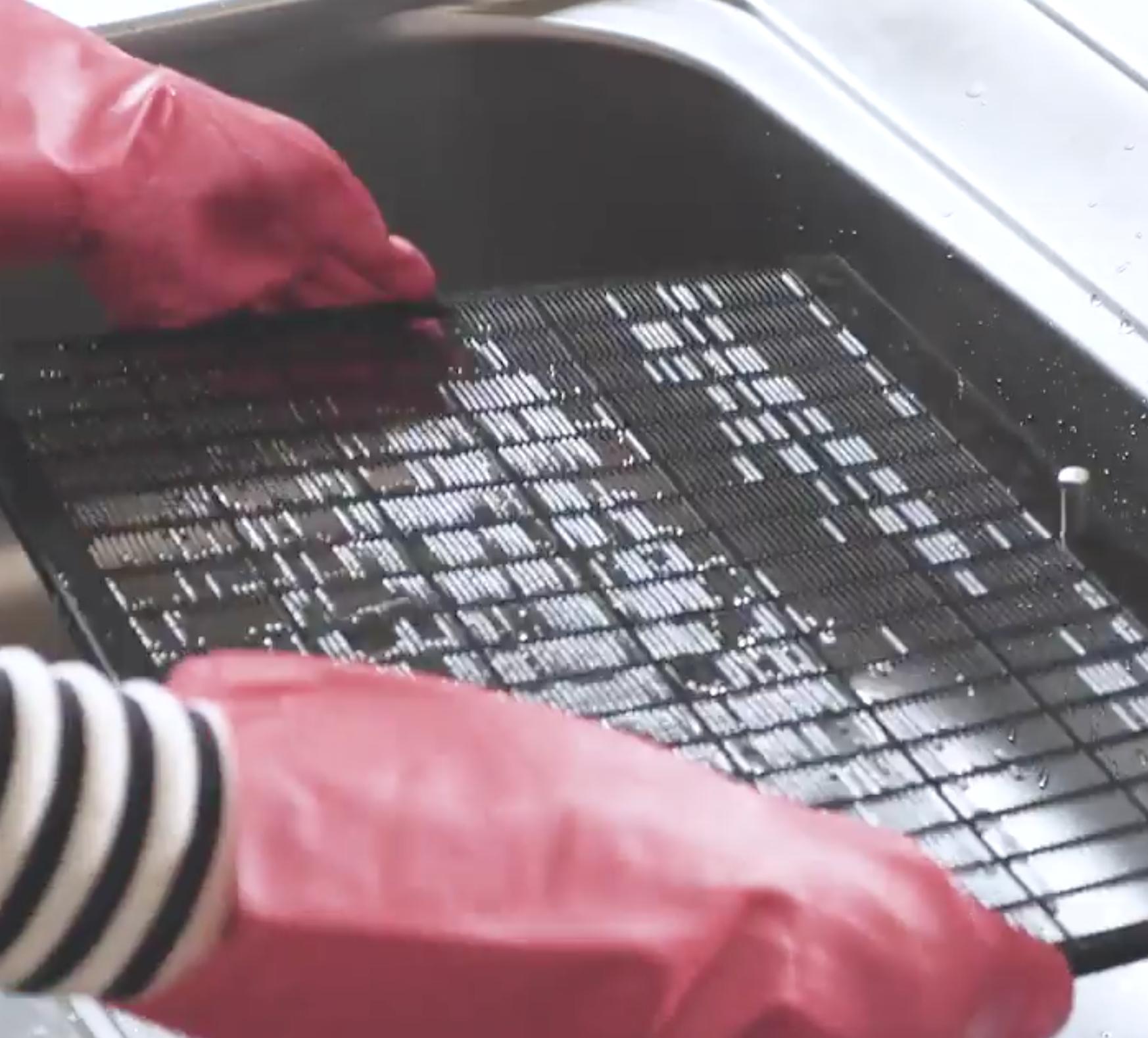 簡単にできちゃう「キッチンの掃除術」時短で油汚れを撃退