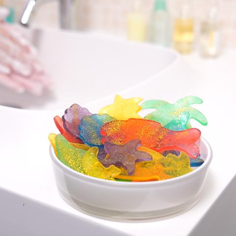 「キラキラ石鹸」を手作りしちゃおう♪ 手順を動画でご紹介
