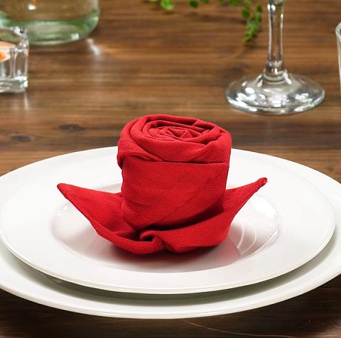 テーブルを素敵にコーデする♪「ナプキン」の折り方8選
