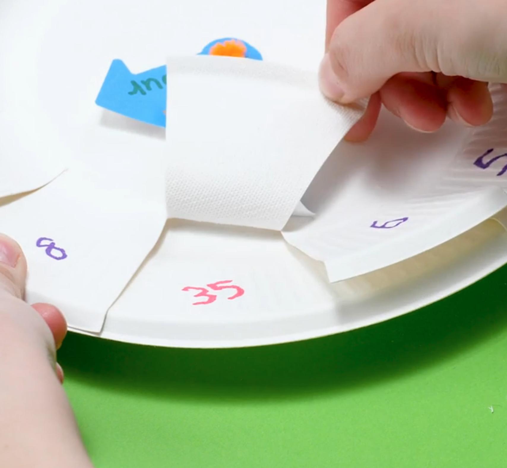 「手作り知恵おもちゃ」でおうち遊びを楽しく!おすすめ4選