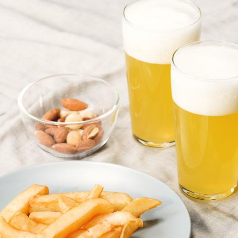 親子で乾杯!アルコールフリーの【ビール風ゼリー】の作り方をご紹介