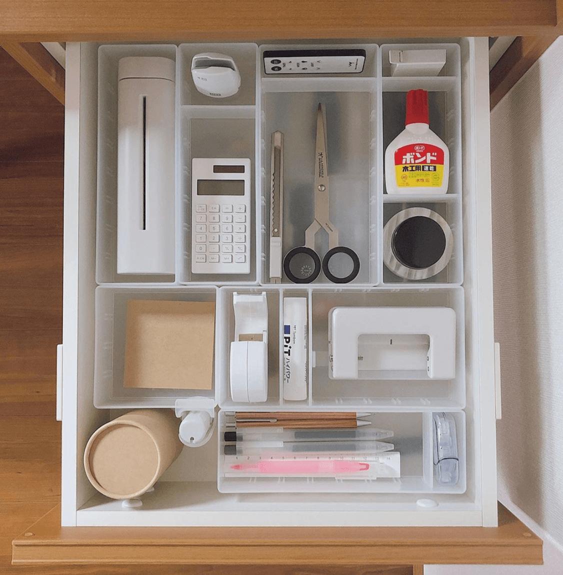 デスクワークを効率よく。おしゃれな「文房具の収納術」11選!