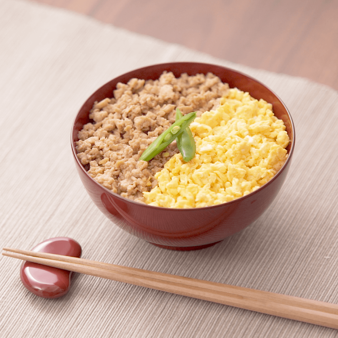 お肉の食感を再現!「冷凍豆腐」で作るアイデア節約レシピ