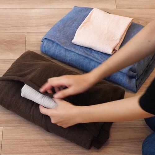 寝具をコンパクトに収納する方法!ボックスシーツや掛布団カバーのたたみ方