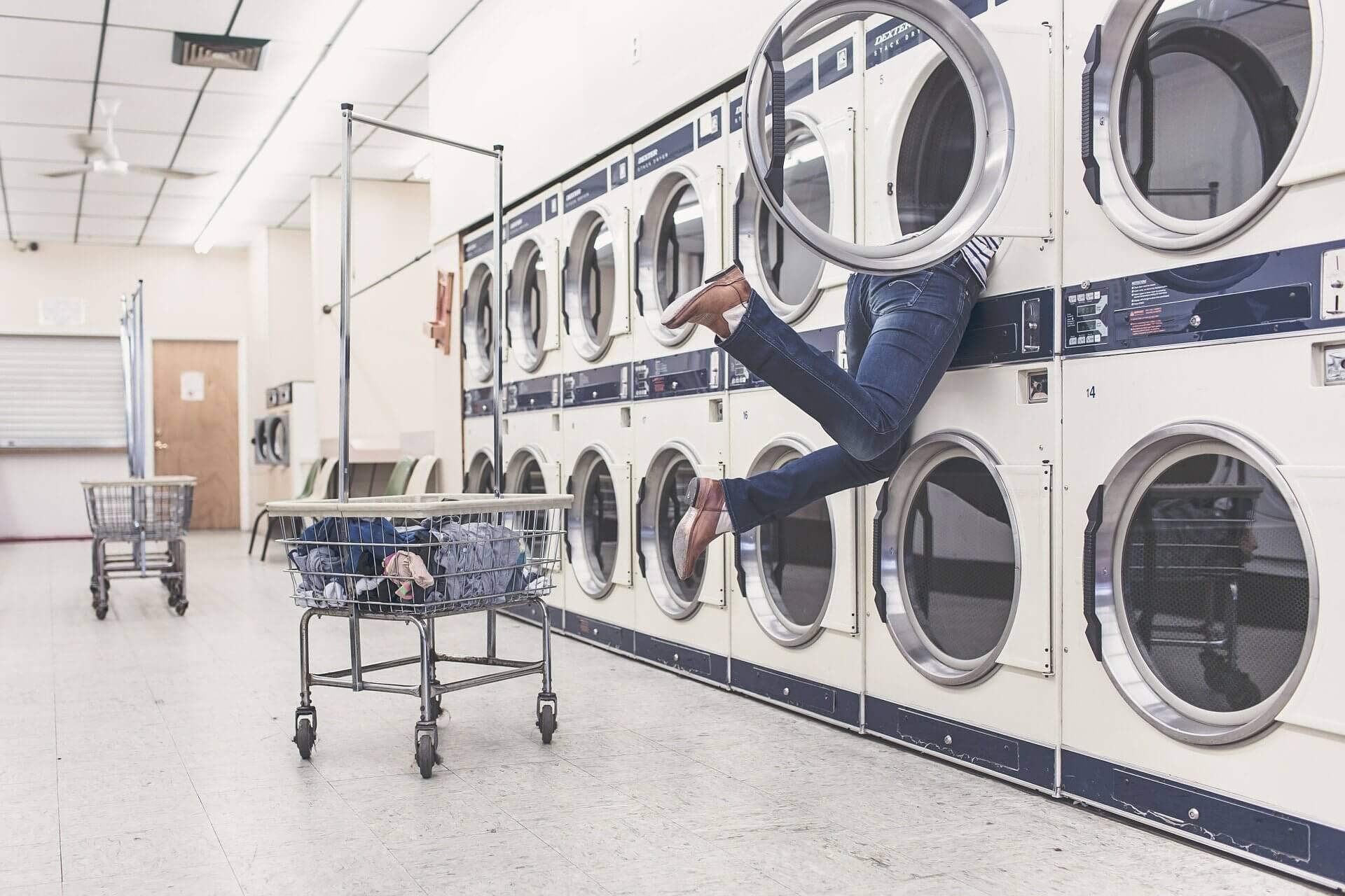 イヤホンを洗濯しちゃったら?復活させる方法とおすすめ防水モデル