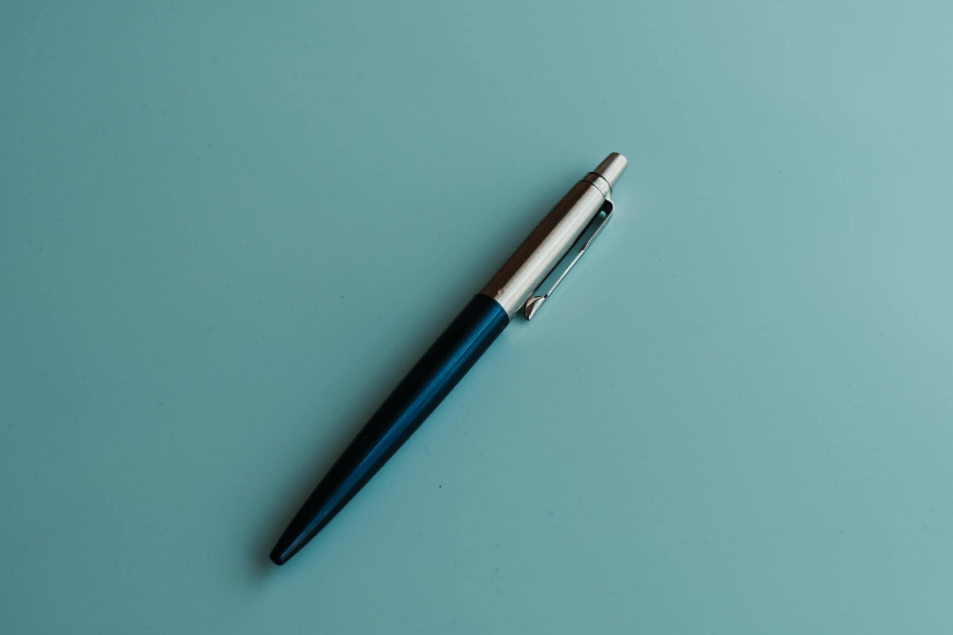 ボールペンのインクが出ないときの対処法は?原因とあわせて解説