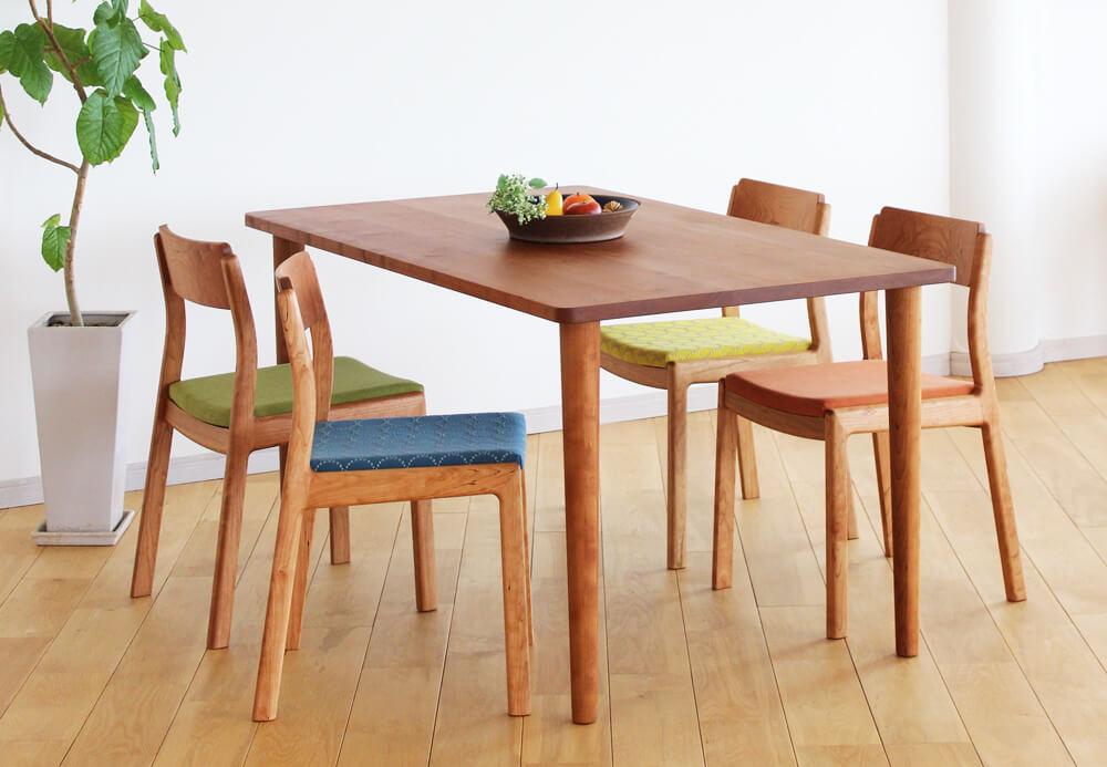 ダイニングテーブルの使い勝手はデザイン次第。各タイプのメリット・デメリット