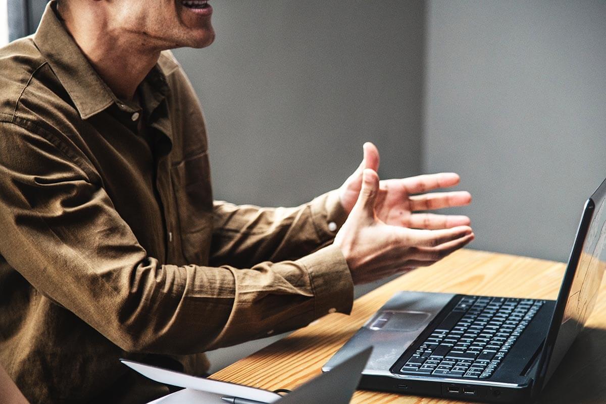 Surfaceとは?Office標準搭載でシリーズ展開も豊富