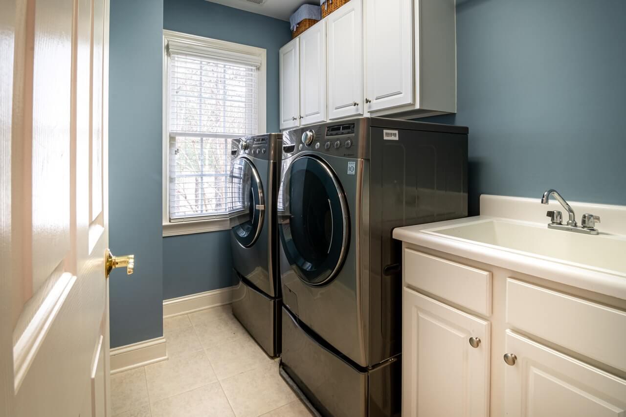 ドラム式洗濯機の機能とは?選び方から機能性に優れた製品まで紹介
