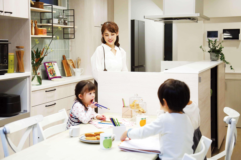 あそびながら、そだつ「こどもっと」の家づくり【キッチンダイニング編】