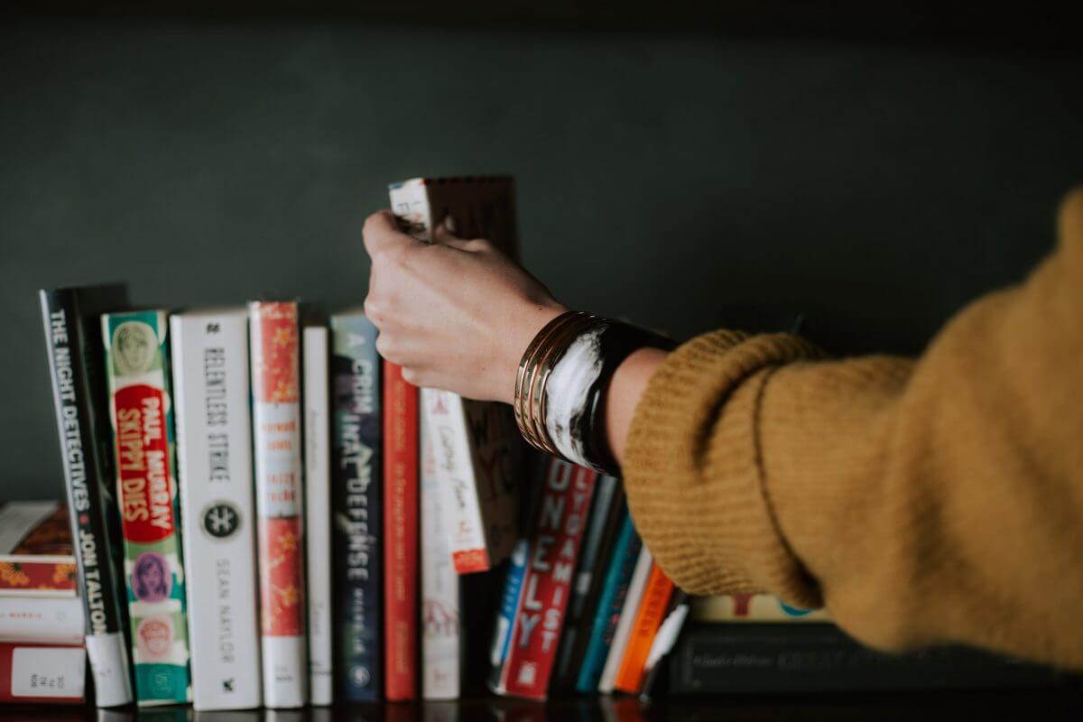 本棚の賢い選び方とは?収納スタイルに合わせたおすすめ商品を紹介