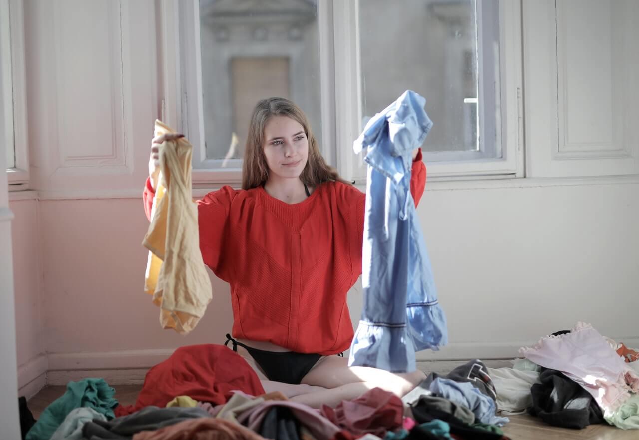 レーヨンの洗濯は難しい?基本の手順と注意点、縮みシワを戻す方法