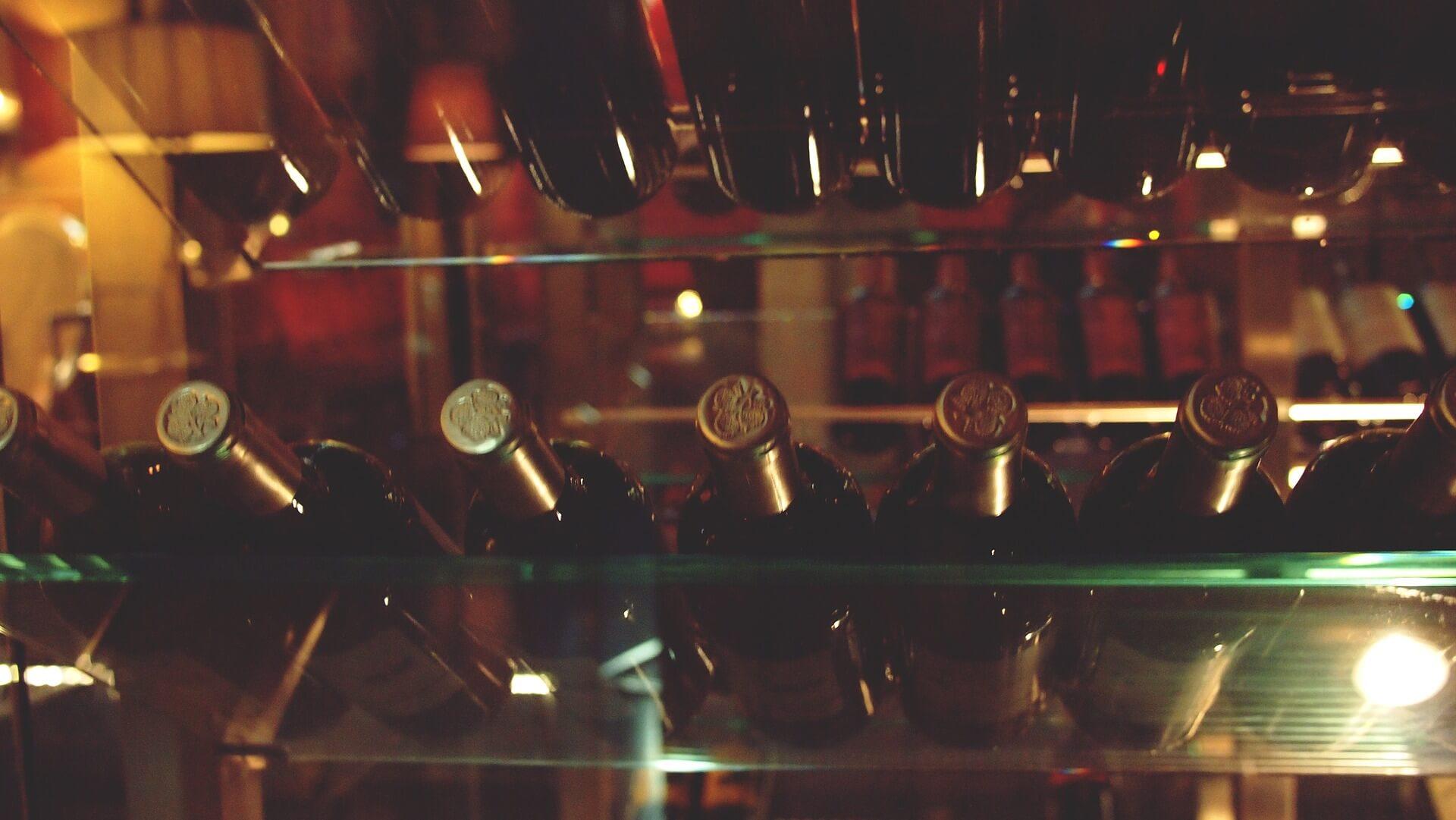 ワインセラーの正しい温度管理とは?適正温度や種類による違いを解説