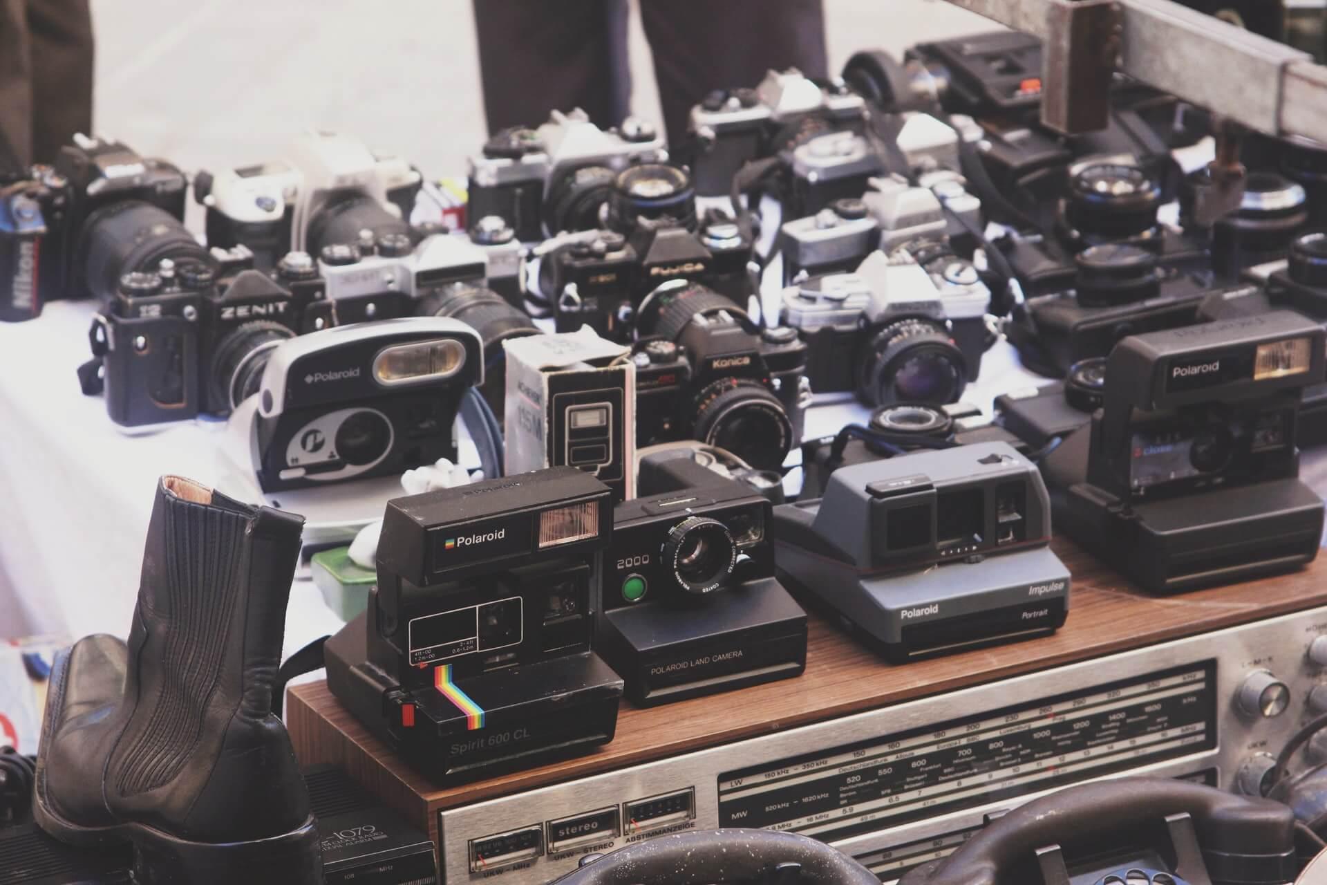 フィルムカメラのおすすめ6選!種類の特徴や選び方、使い方も紹介