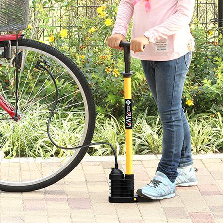 シリーズ累計100万本超!半分の力で空気が入る自転車用ポンプ「ポンピィ」