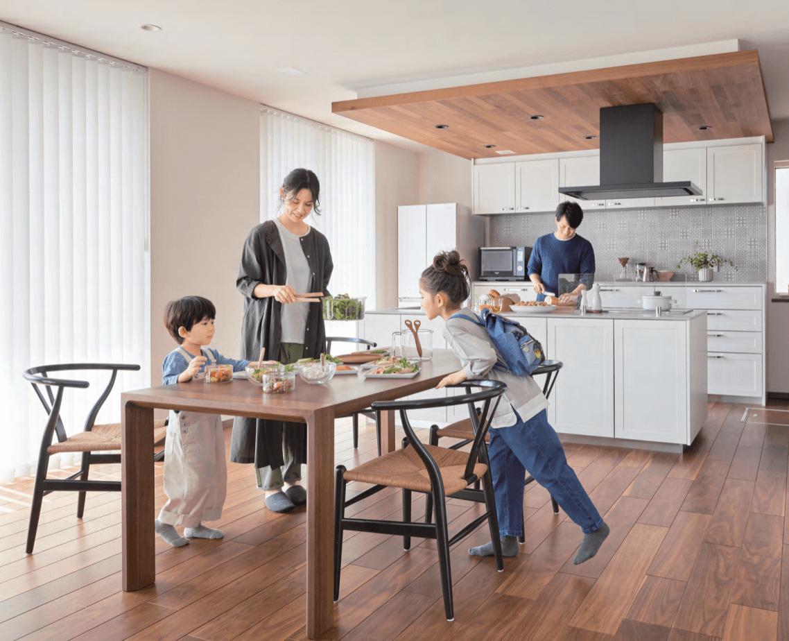 パナソニック ホームズの「家事楽®」な暮らしで、家族の絆を深めよう
