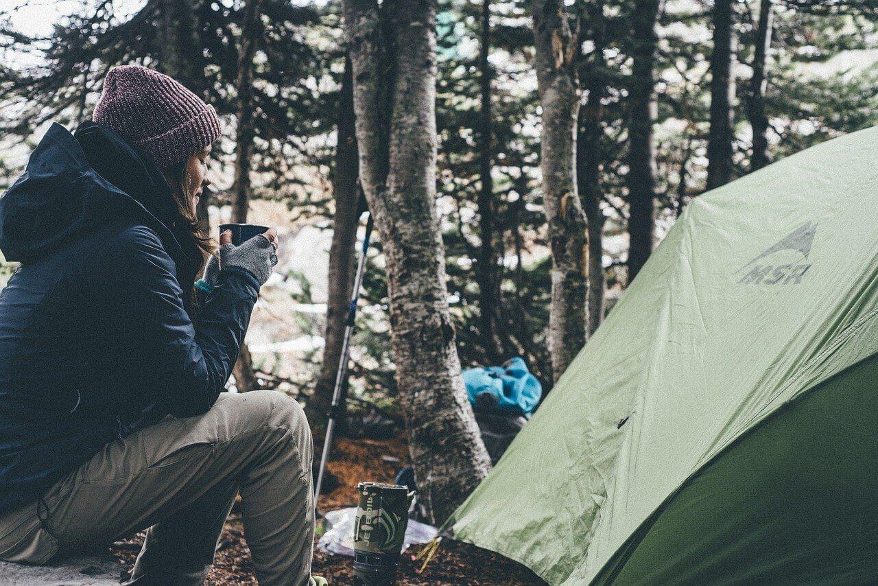 初心者がそろえるべきキャンプ用品とは?選び方とおすすめ商品を紹介