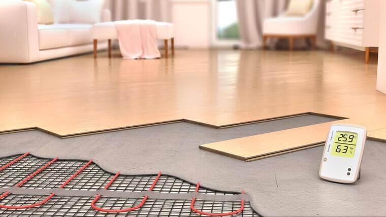 家を暖かくする床暖房リフォーム。人気の種類や設置工事にかかる費用を解説!