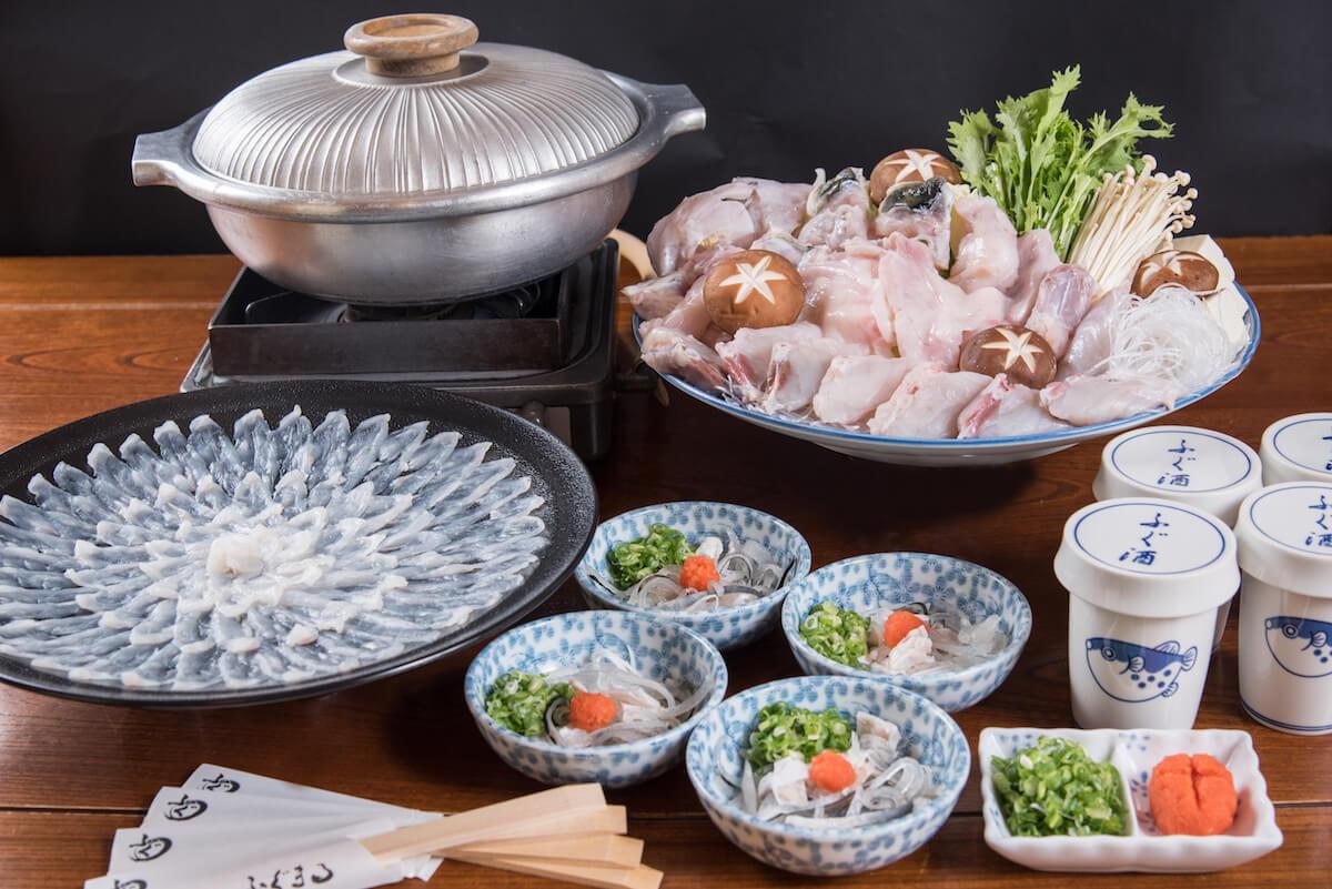 大阪のふぐ料理専門店の味を自宅でも!家族でワイワイ楽しめる「お取り寄せセット」とは?