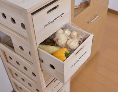 常温保存の野菜・果物を美味しくすっきり保存できる!「桐のキッチン便利ストッカー」