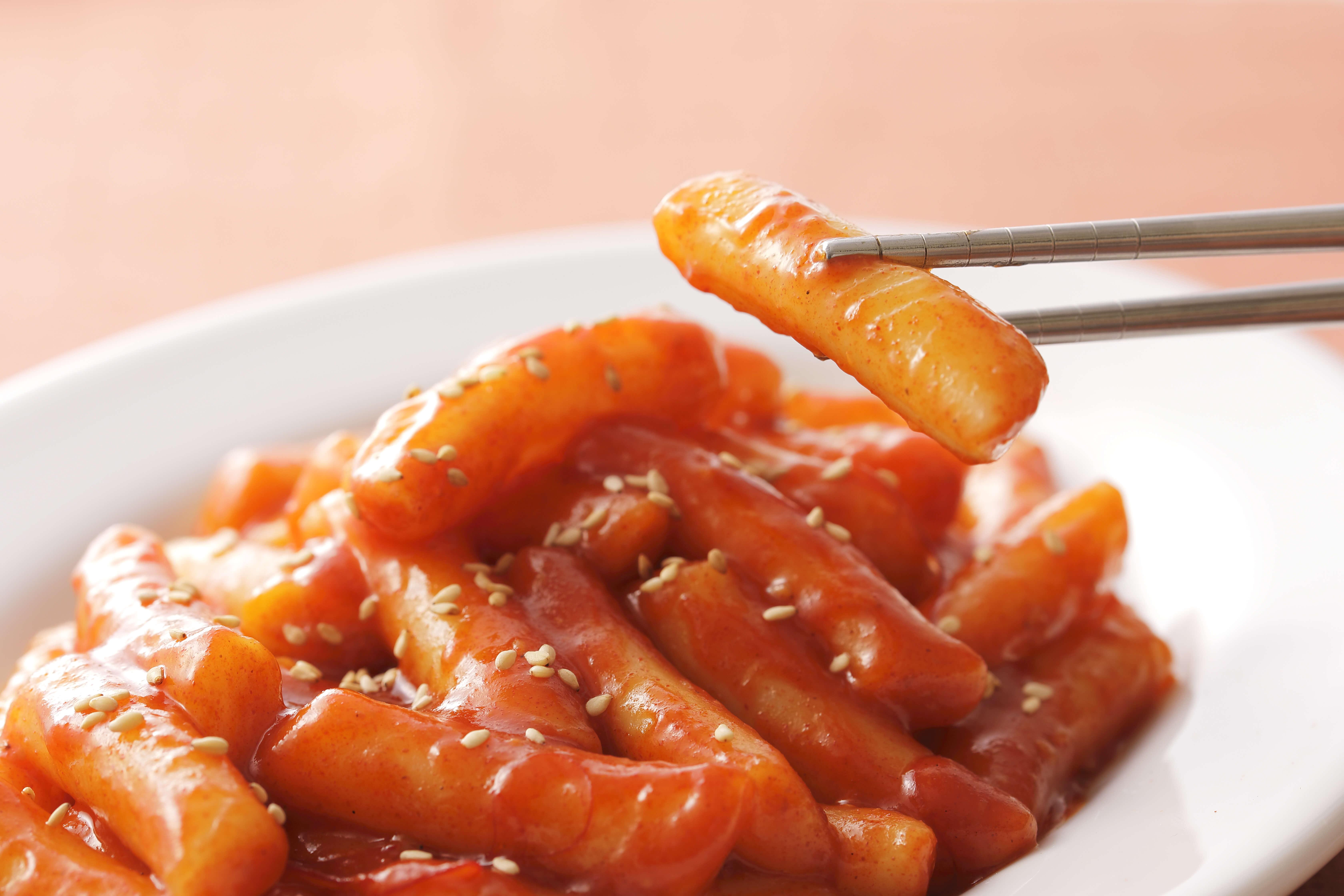 本場韓国の味が自宅パーティーで!トッポギレシピ10つとおすすめの具材がまるわかり